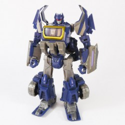Generations Deluxe Cybertronian Soundwave