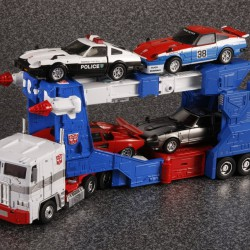 MP-22 Masterpiece Ultra Magnus Trailer with MP Cars